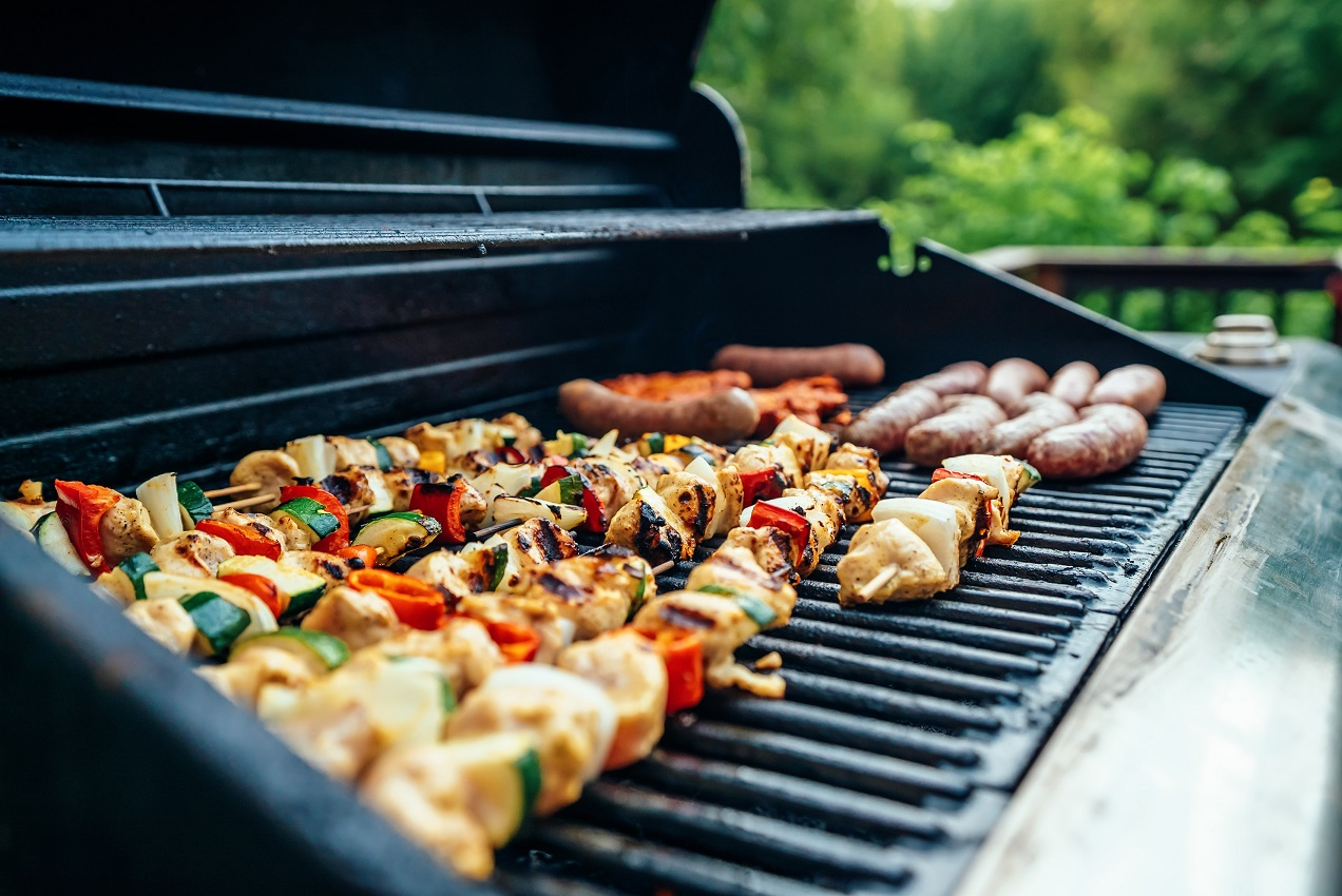The Different Types Of Outdoor Grills - Peak Adventures Blog
