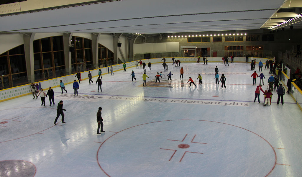 Ice skating rink in action