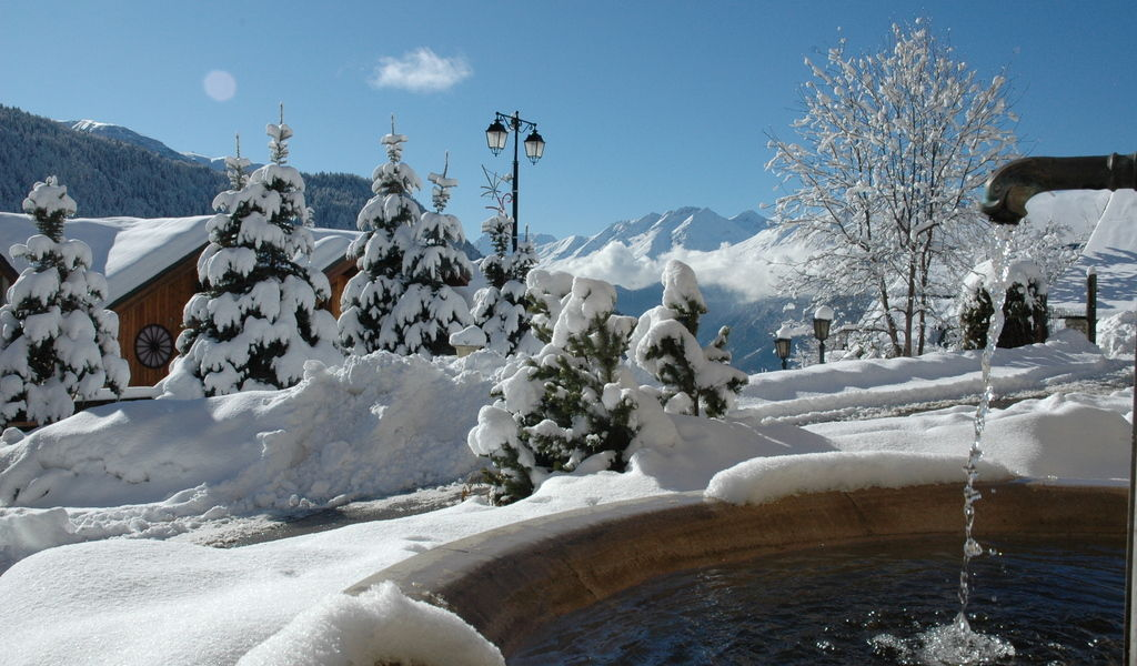 Vaujany water fountain