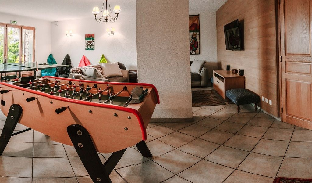 TV   Games Room  1