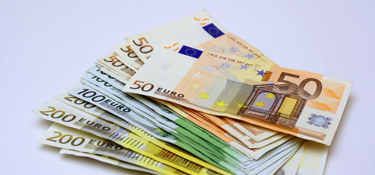 Buying Your Holiday Euros & Foreign Exchange
