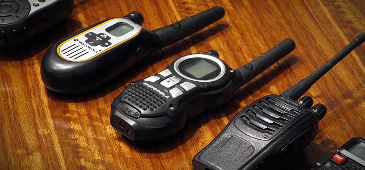 5 Best Two Way Radio Walkie Talkies For Skiing
